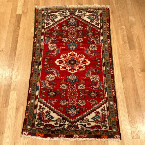Vintage Rug 2' 6 x 4' 4 Red Farmhouse Rug Hand Knotted Oriental Rug