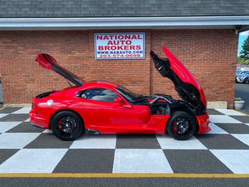 2015 Dodge Viper  2015 Dodge Viper GT with just 3,785 Miles! Car Is Like Brand New!