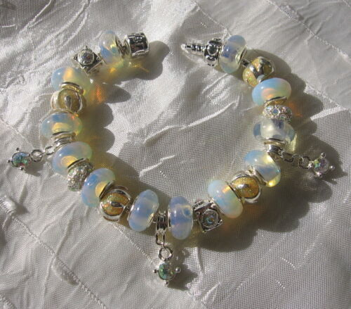 """BRACELET 20CM PERLES BLANCHES CHARMS STRASS ARGENTES CLIP """"MOONLIGHT"""""""