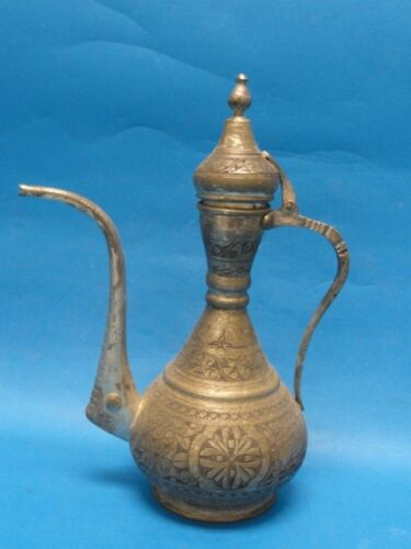 ANTIQUE MIDDLE EAST OTTOMAN / TURKISH INCISED TOMBAK IBRIK EWER  * TIN PLATE