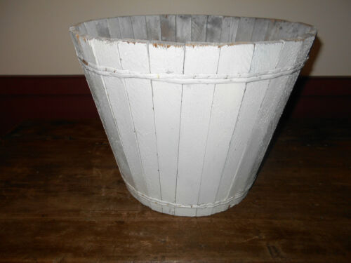 ANTIQUE PRIMITIVE WOOD WOODEN BUCKET WITH WHITE PAINT