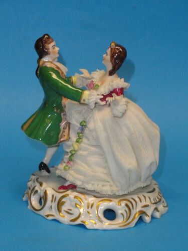 """ANTIQUE MULLER VOLKSTEDT DRESDEN LACE DANCING COUPLE FIGURINE ~ 5.5"""" H"""