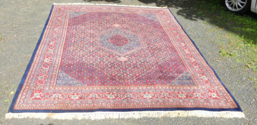 """fine old hand knotted oriental rug 7' 8"""" x 9' 10"""" center diamond"""