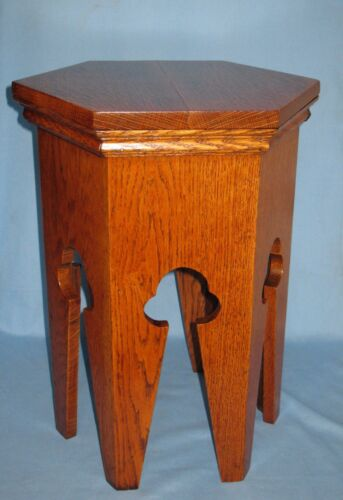 ANTIQUE HEXAGONAL SHAPED OAK PLANT STAND LAMP TABLE DISPLAY STOOL NATURAL GRAIN