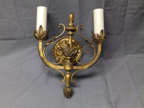Vtg Gold Wrought Iron Tin Tole Leafy Double Arm Sconce Light Fixture Old 23-17E