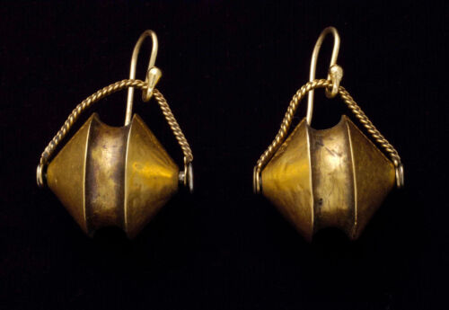 Rare antique ethnic 22K gold earrings from Tamil Nadu, South India 19th century