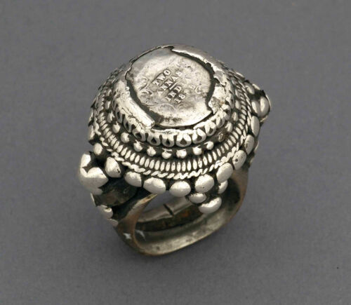 Huge ethnic silver and copper ring with 1886 two annas coin, Rajasthan, India