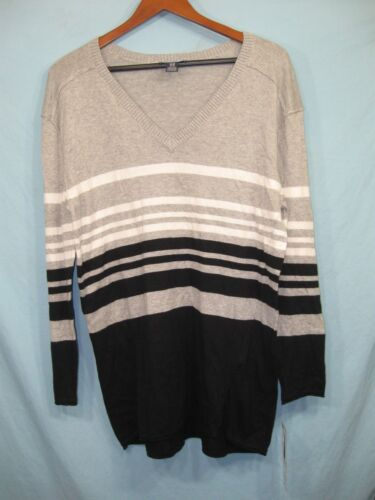 NWT Oh Baby by Motherhood Gray , White , and Black Striped V - Neck Sweater
