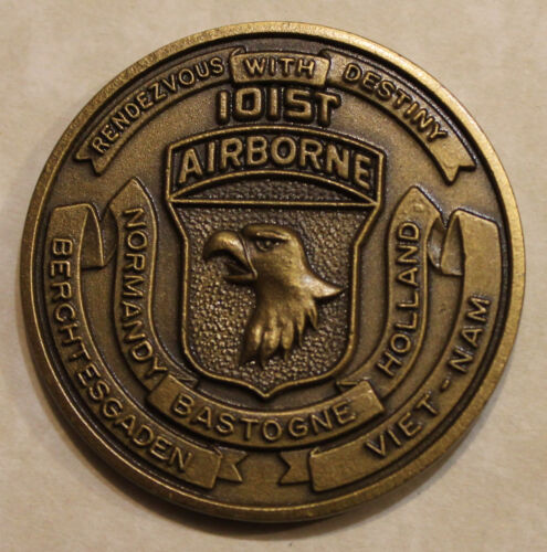 101st Airborne Division 7th Aviation Battalion Air Assault Army Challenge CoinOriginal Period Items - 13983
