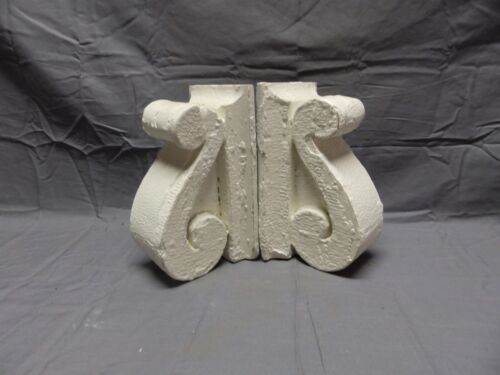 Antique Pair Wood Small Corbels Gingerbread Shabby Architectural Chic 395-18P