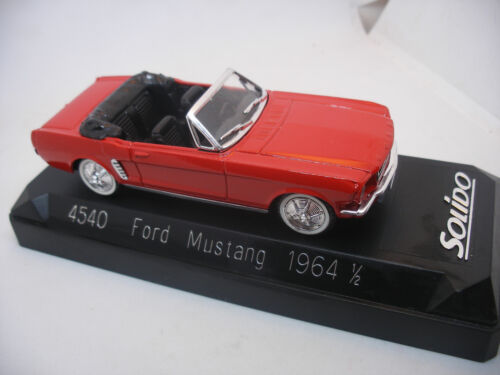 Ancienne Voiture 1/43 SOLIDO France 4540 FORD MUSTANG Rouge 1964