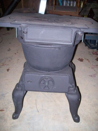 Antique Old VESTAL STOVE CO SWEETWATER TN  #5 CAST IRON SMALL WOOD STOVE-REFURB