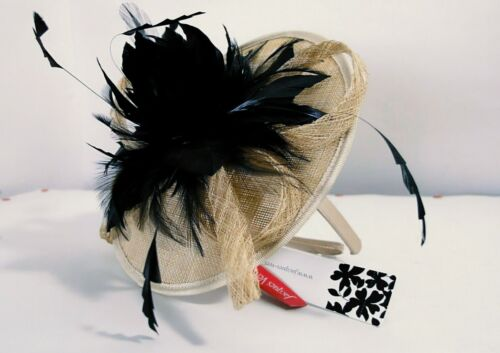 JACQUES VERT fascinator hat 100% straw with capon feathers new whit label no box