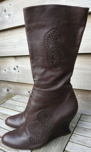 AUDLEY BROWN LEATHER WEDGE HEEL CALF LENGTH BOOTS SIZE 39 PAISLEY APPLIED DETAIL