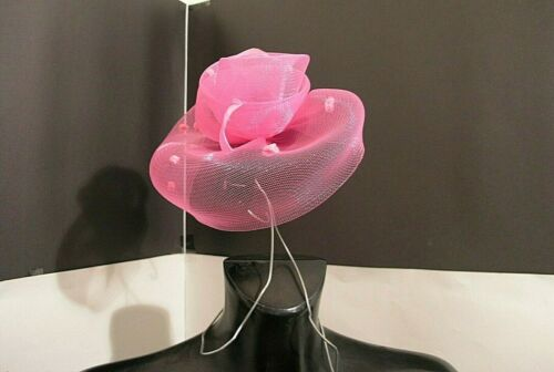 HOUSE OF FRASER fascinator woman pink polka comb with wooden feather box tg UNIC