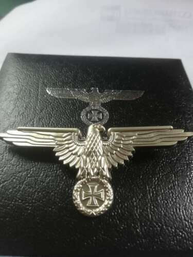 TOP quality WWII German eagle Iron cross Badge With Collection BoxGermany - 156432