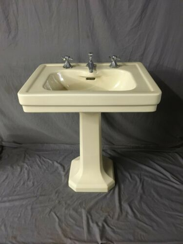 Antique Ceramic Butter Cream Yellow Porcelain Pedestal Sink Standard Vtg 345-19E