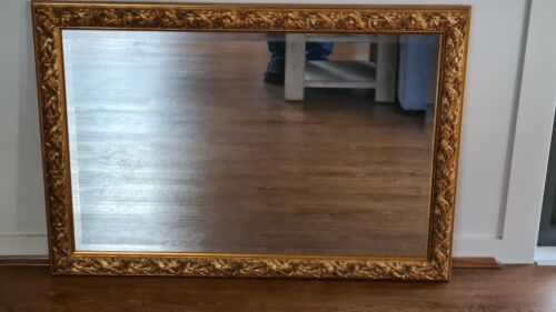 Old World Victorian Style Mirror 1000mm x 700mm Excellent Condition O/A