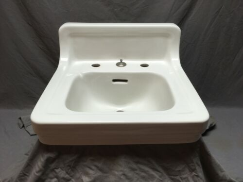 Vtg Mid Century Ceramic White Porcelain Bath Wall Sink Old Standard 518-20E