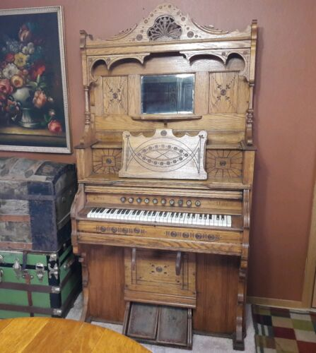 19th century oak Chicago Cottage Parlor Pump Reed Organ S. 96   # 210354