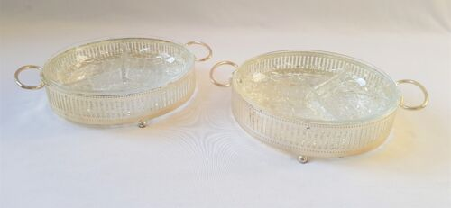 PAIR OF ORNATE VINTAGE SILVER PLATE HOR D'OEUVRE SERVING DISHES & GLASS INSERTS