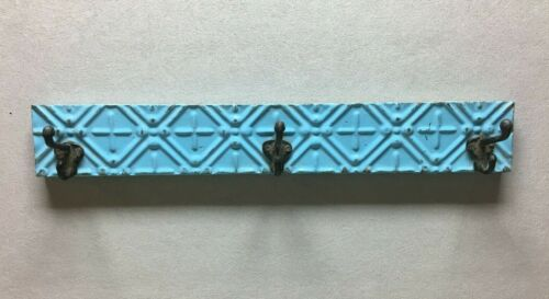 Architectural Destressed Embossed Shabby Reclaimed Tin 3 Hook Rack Chic 1339-20B