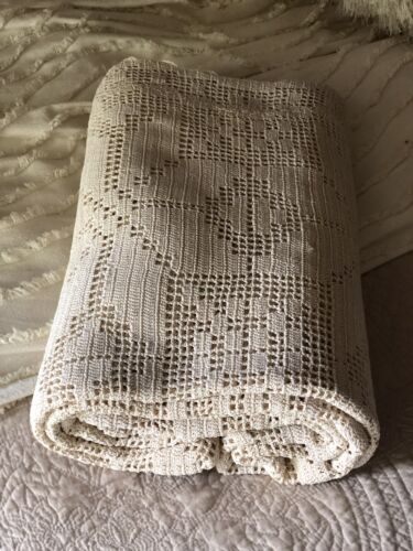 Amazing! Large Antique Vintage Handmade Crochet Tablecloth Cloth HANDMADE