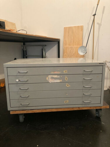 Map Drawers - 5 draws - 960x675x455mm - Good Condition - No rust