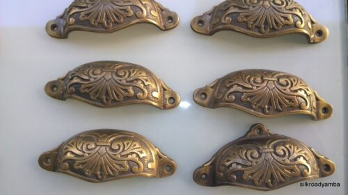 "6 cast engraved solid brass heavy shell shape pulls handle kitchen vintage 4"" B"