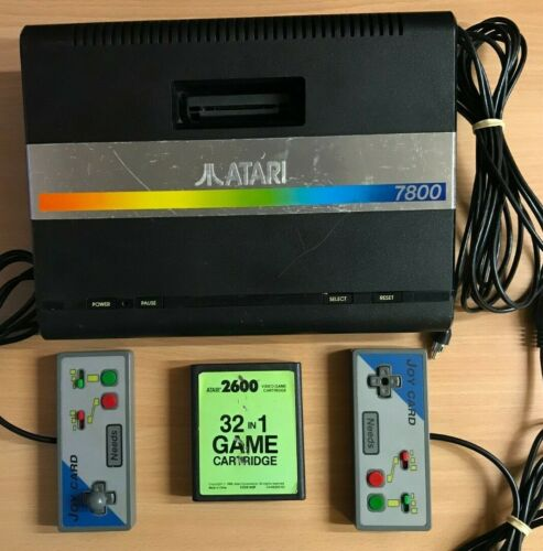 Original Atari 7800 console + Controllers + 32-in-1 game  ** TESTED & WORKING **