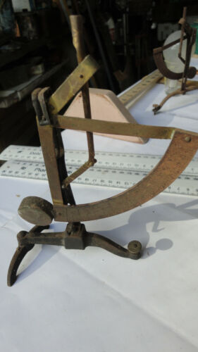 """VINTAGE  POST OFFICE LETTER SCALE.""""M"""" D.R.G.M. MADE IN GERMANY, RESTORATION PART"""