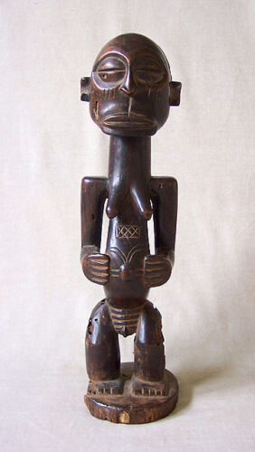 ANTIQUE AFRICAN LUBA/HEMBA FEMALE FIGURE
