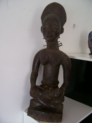 african statue old woman with her baby Congo maternity african art africain