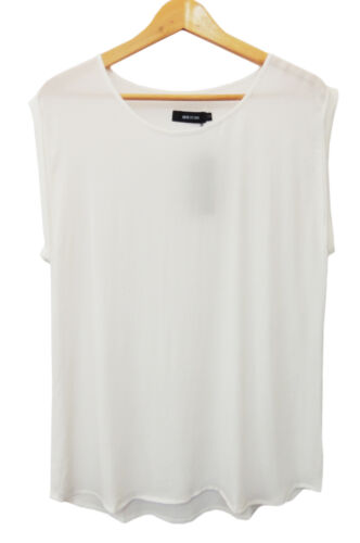 MAXIM WHITE LOOSE FIT LIGHTWEIGHT TOP.