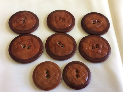 Vintage lot of 8 Art Deco Retro Celluloid  matching buttons mixed size