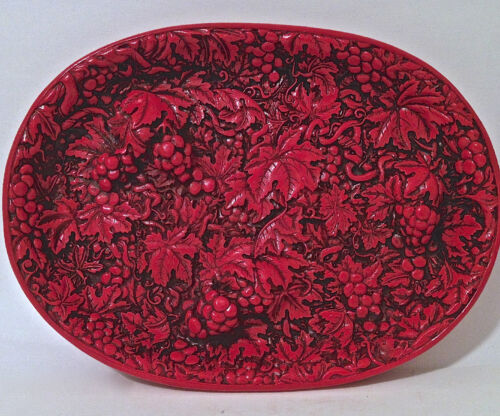 Beautiful Antique Chinese Cinnabar Lacquer Hand Carved Oval Tray