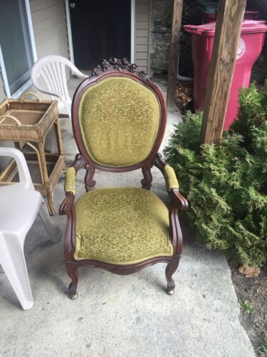 FURNITURE VICTORIAN SIDE ARM CHAIR Green