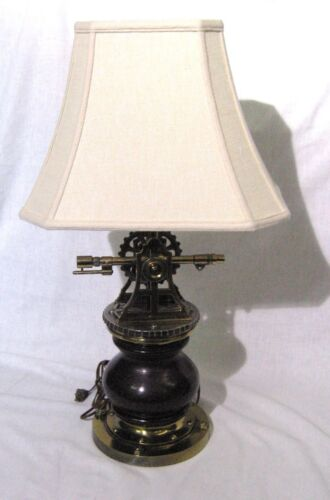 Vintage Ethan Allen Nautical / Marine Lamp in Antique Dark Pine Survey Brass