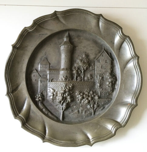 1915 Franz Kainzinger Bas-Relief WWI Bavarian German Scenic Pewter Plate, Marked