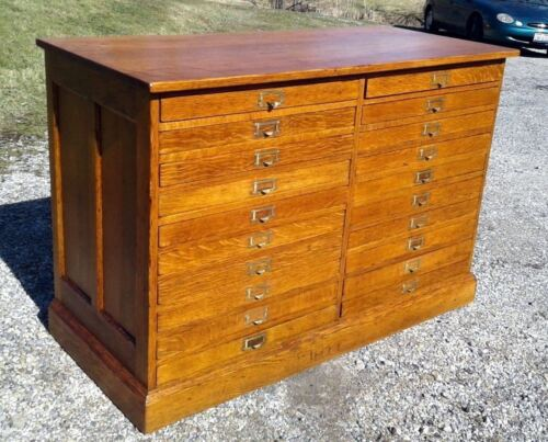 Antique 20 Drawers Oak Map and Blueprint Cabinet Divided Flat File Circa 1920