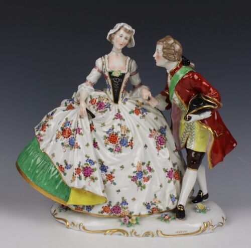 "Rudolstadt Ernst Bohne Sohne Figurine ""Dancing Couple"" WorldWide"