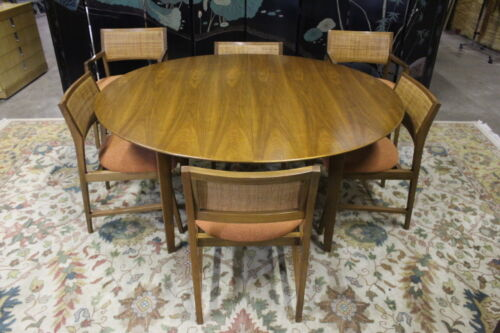 Scarce Edward Wormley For Dunbar Oval Walnut  Dining Table, 2 Leaves & 6 Chairs