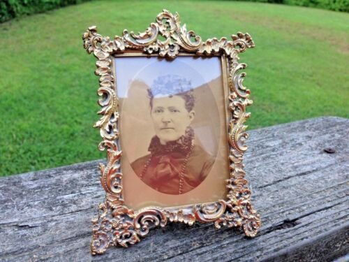 """Vintage Small Ornate Brass Picture Frame-Convex Glass-Old Photo-5 1/2"""""""