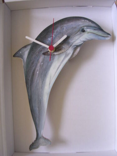 DOLPHIN WALL CLOCK. NEW AND BOXED.