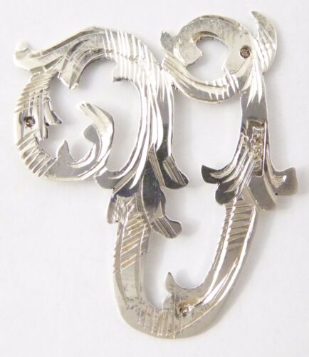 1900s - 1920s Antique Solid Silver Letter 'V' 28mm with Silversmith's stamp