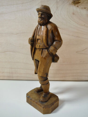 ANTIQUE CARVED WOOD BLACK FOREST WOOD FIGURE HUNTER GUN OVER SHOULDER MAN VINTAG