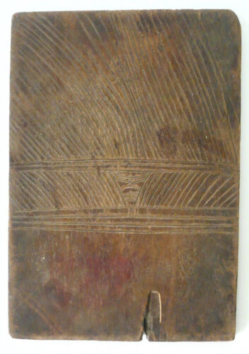 RARE OLD TRADITlONAL DOBA CURRENCY WOOD BOARD TROBRIAND ISLANDS NEW GUINEA.