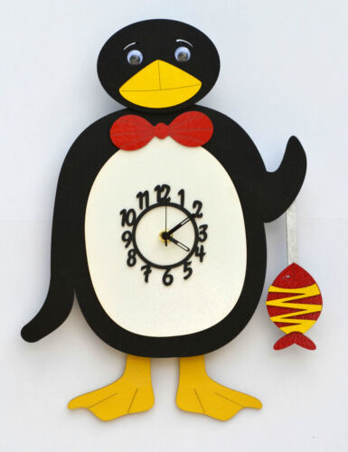 PENGUIN WOODEN CHILDRENS / KITCHEN WALL CLOCK WITH PENDULUM.NEW & BOXED.WOOD