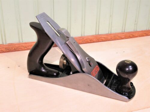 """Stanley No. 4 Bailey Smooth Bottom Plane Woodworking Tool 9 1/2"""" Type 19"""
