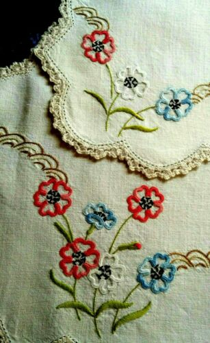 Gorgeous 2 piece Red/Blue Flowers ~ Vintage Hand embroidered Matching Set